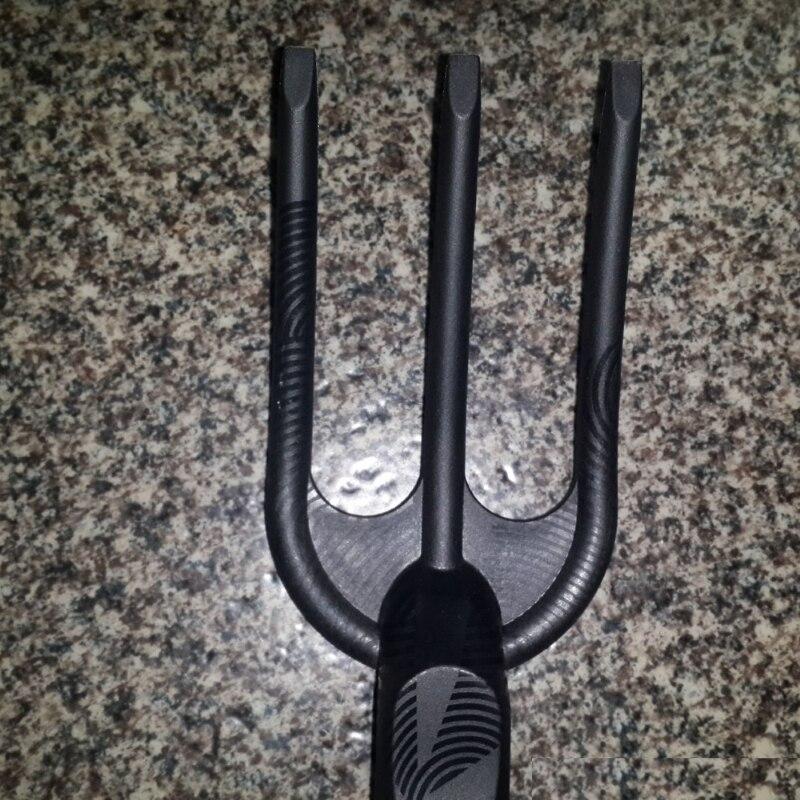 Вилка для прополки Fiskars Solid(1000696