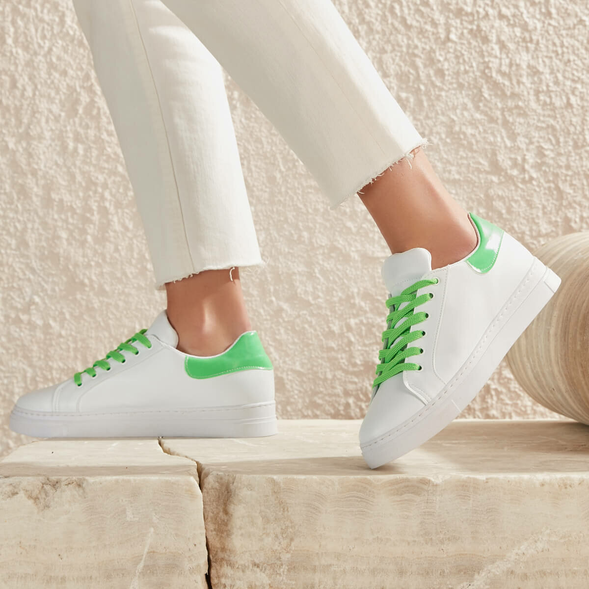 FLO MILEN03Y SKIN Neon Green Women 'S Sneaker Shoes BUTIGO