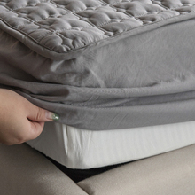 Bed-Cover Mattress-Protector QUILTED-KING Embossed ADOREHOUSE Queen-Size Washable