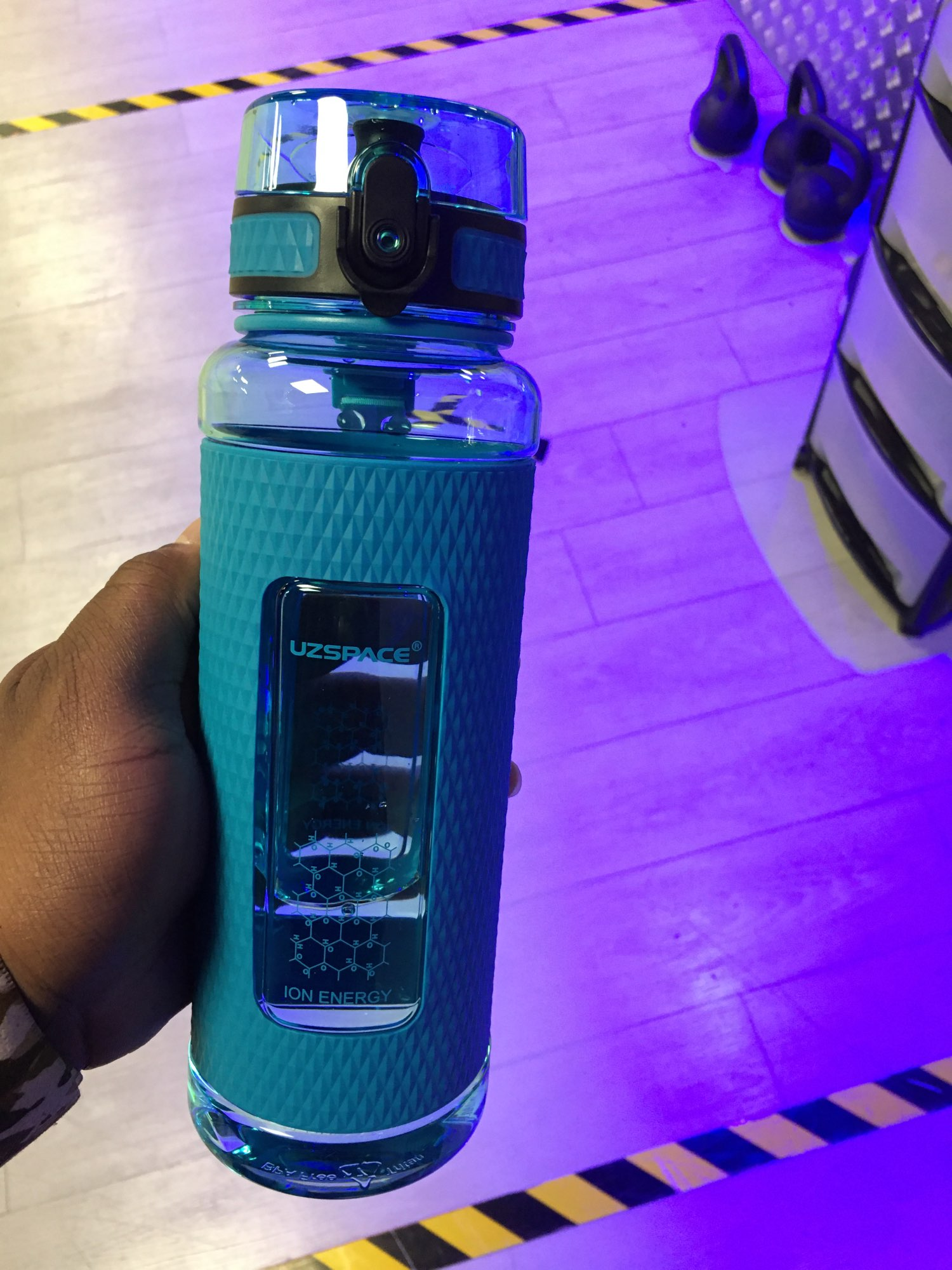 Drop-Proof Sports Water Bottle photo review