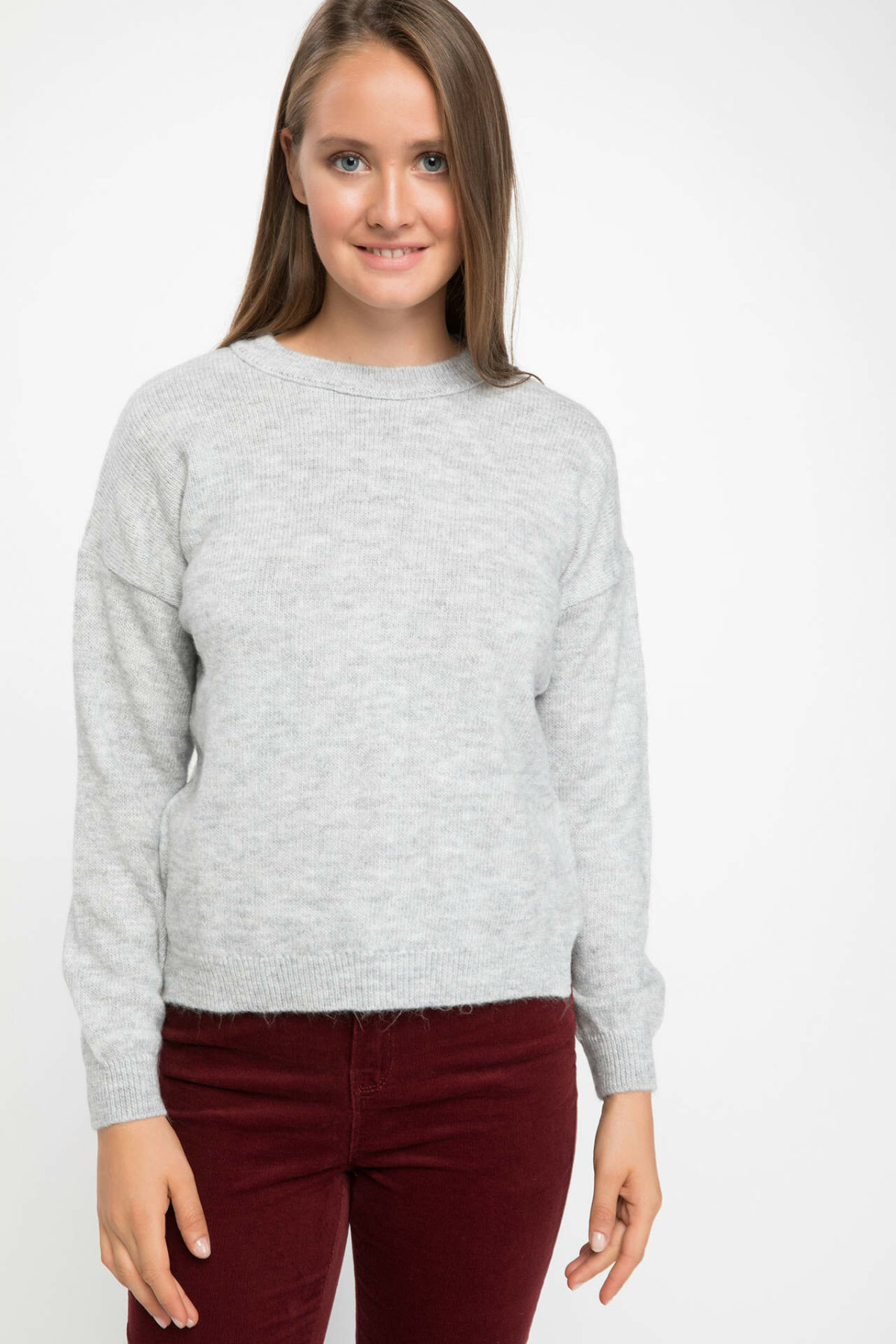 DeFacto Women Solid O-neck Pullovers Casual Simple Pullover Long Sleeves Women Jumpers New-J2148AZ18WN-J2148AZ18WN