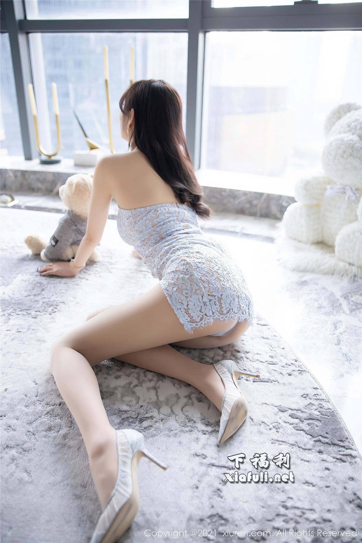 [XiuRen秀人网] 2021.02.07 No.3094 杨晨晨sugar 精致镂空吊裙 [80+1P735M]插图1