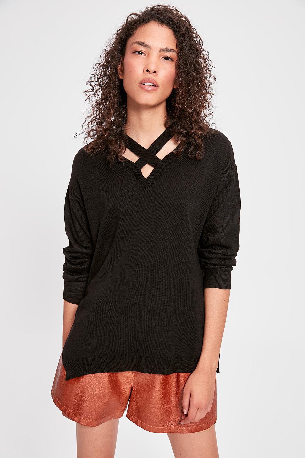Trendyol Black Collar Detailed Knitwear Sweater TWOAW20KZ0186