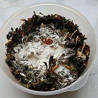 酸辣粉蒸野荠菜的做法图解4