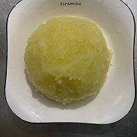 葱香肉沫土豆泥宝宝爱吃的做法图解2