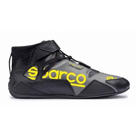 S00126140NRGI yarış ayakkabı Apex Rb 7 boyutu 40 Bl Sparco title=