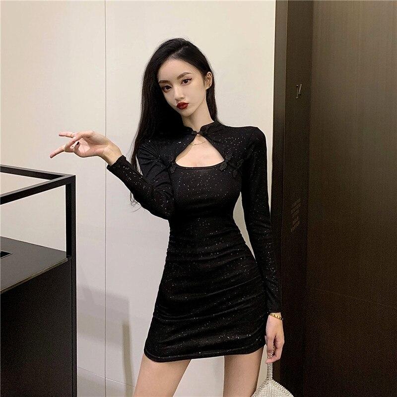 Retro little black dress 2021 new summer salt, sweet taste, design sense, little shoulders, dress girl 21x