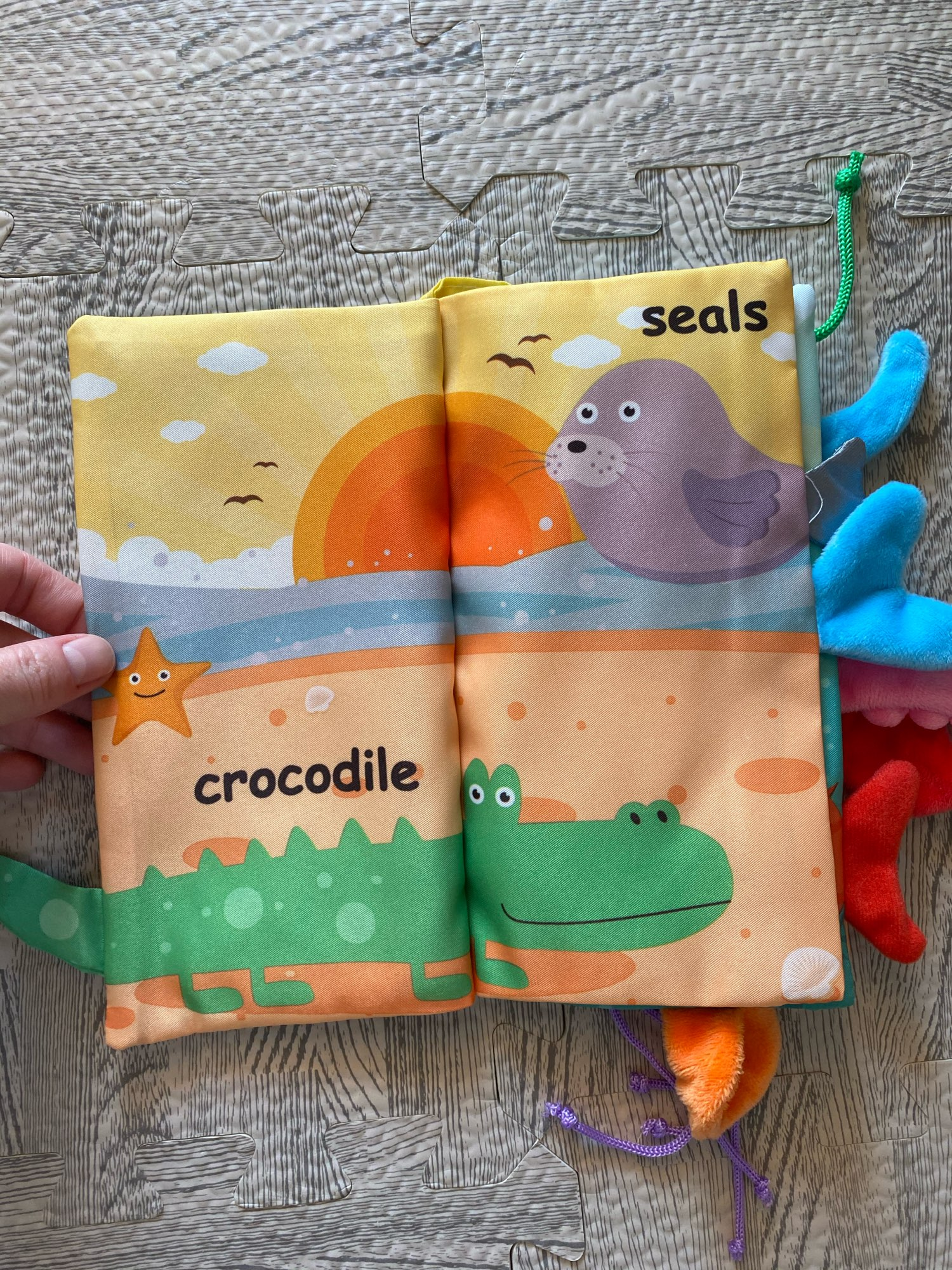 Baby Book Soft Cloth Books for Newborns 0 12 months Baby Toys Educational Soft Book Baby Soft Toys Montessori Toys for Children photo review