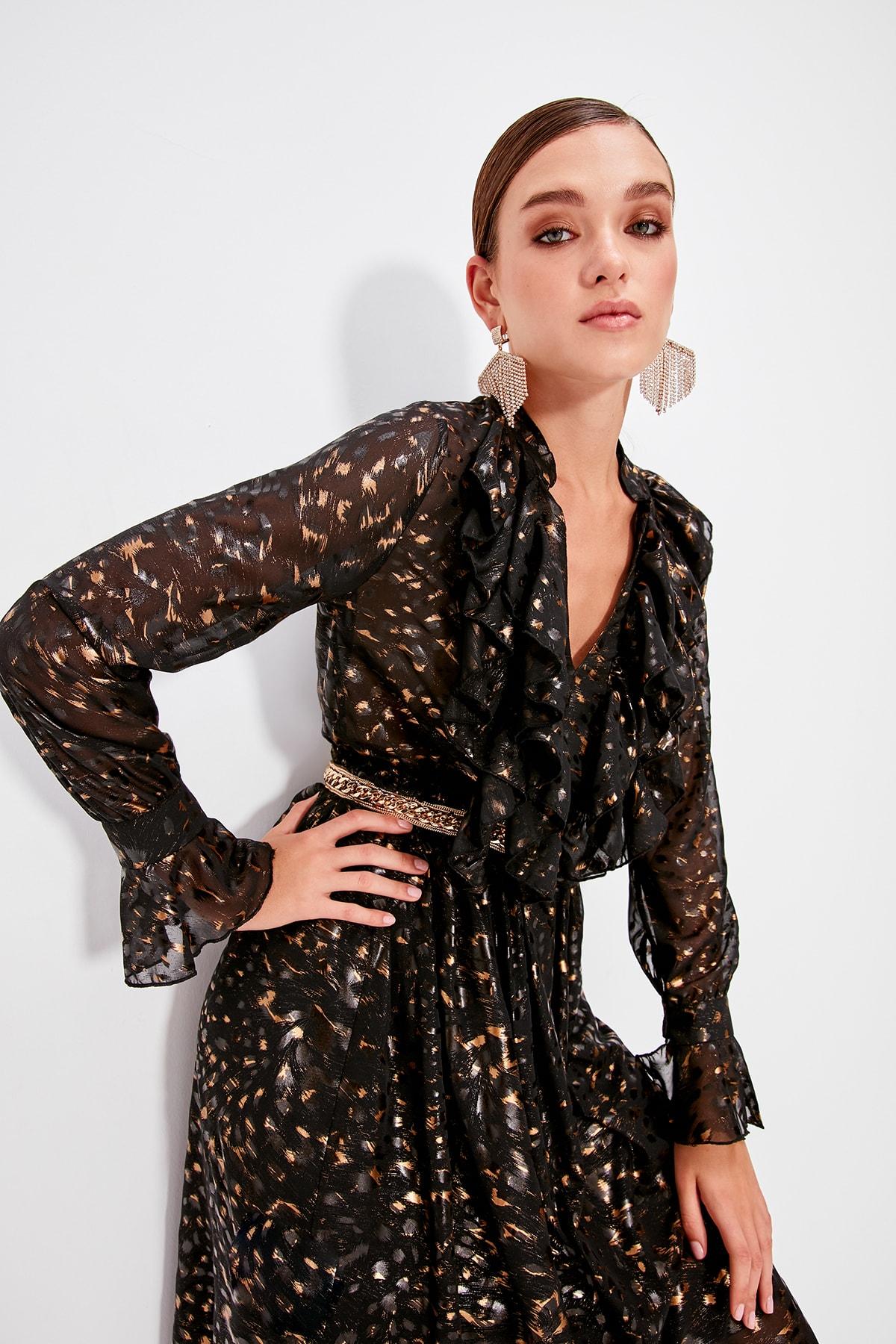 Trendyol Black Flywheel Detail Dress TPRAW20EL0665