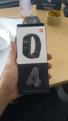 Xiaomi Mi Band 4 Smartband Preto Original Lacrado photo review