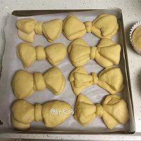蝴蝶结面包的做法图解8