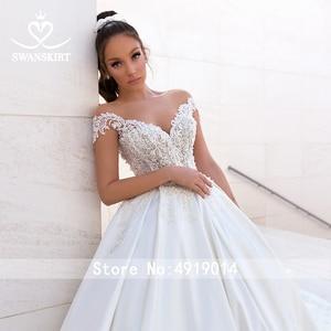 Image 3 - Luxury Beaded Princess Wedding Dress 2020 Sweetheart Crystal Appliques Satin Ball Gown Bridal Swanskirt F306 Vestido de noiva