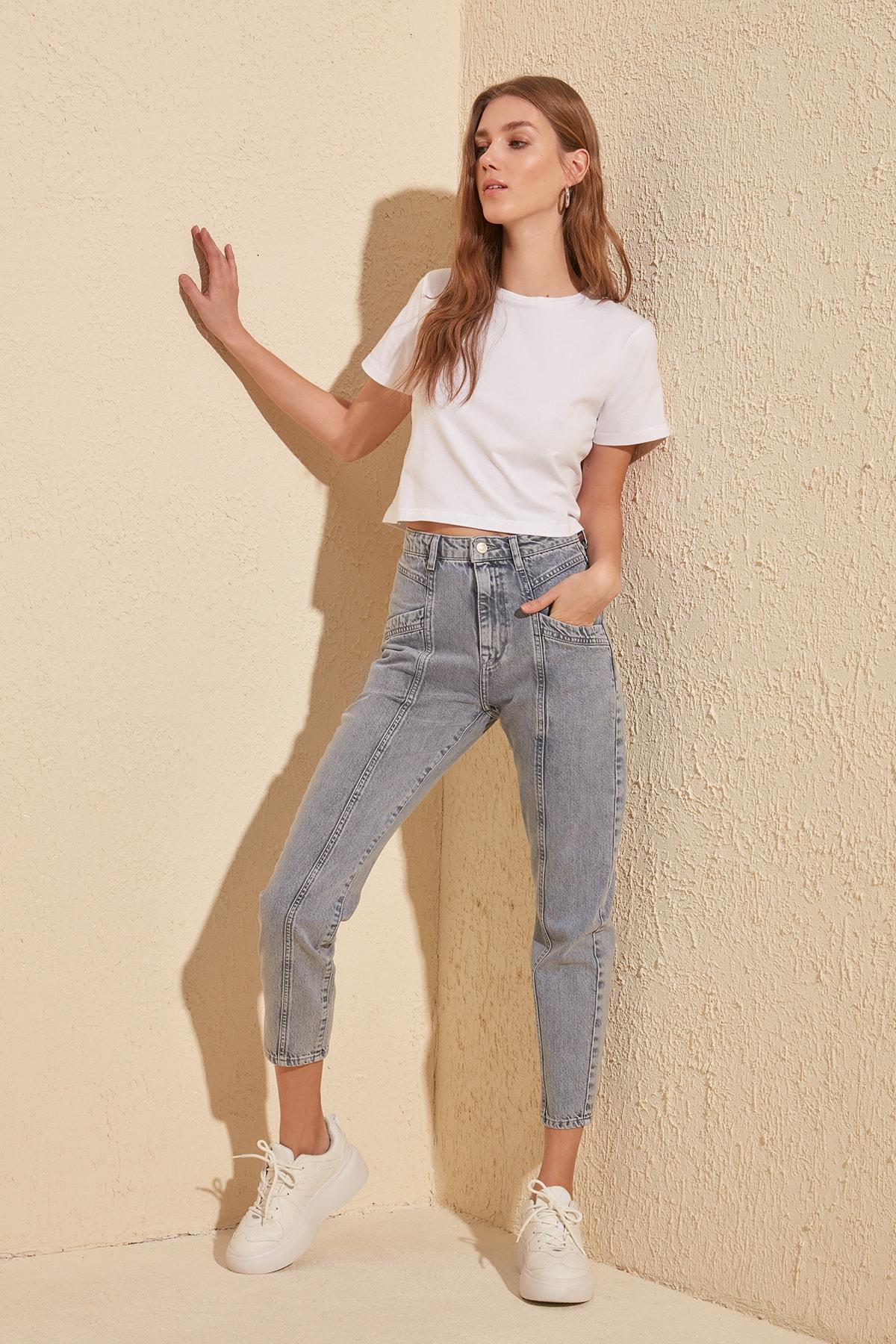 Trendyol Stitch Detail High Bel Mom Jeans TWOSS20JE0031