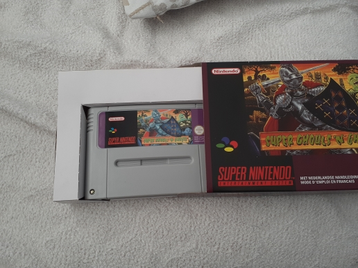 Super Ghouls'N Ghosts with box 16bit game cartridge EU Version for pal console photo review