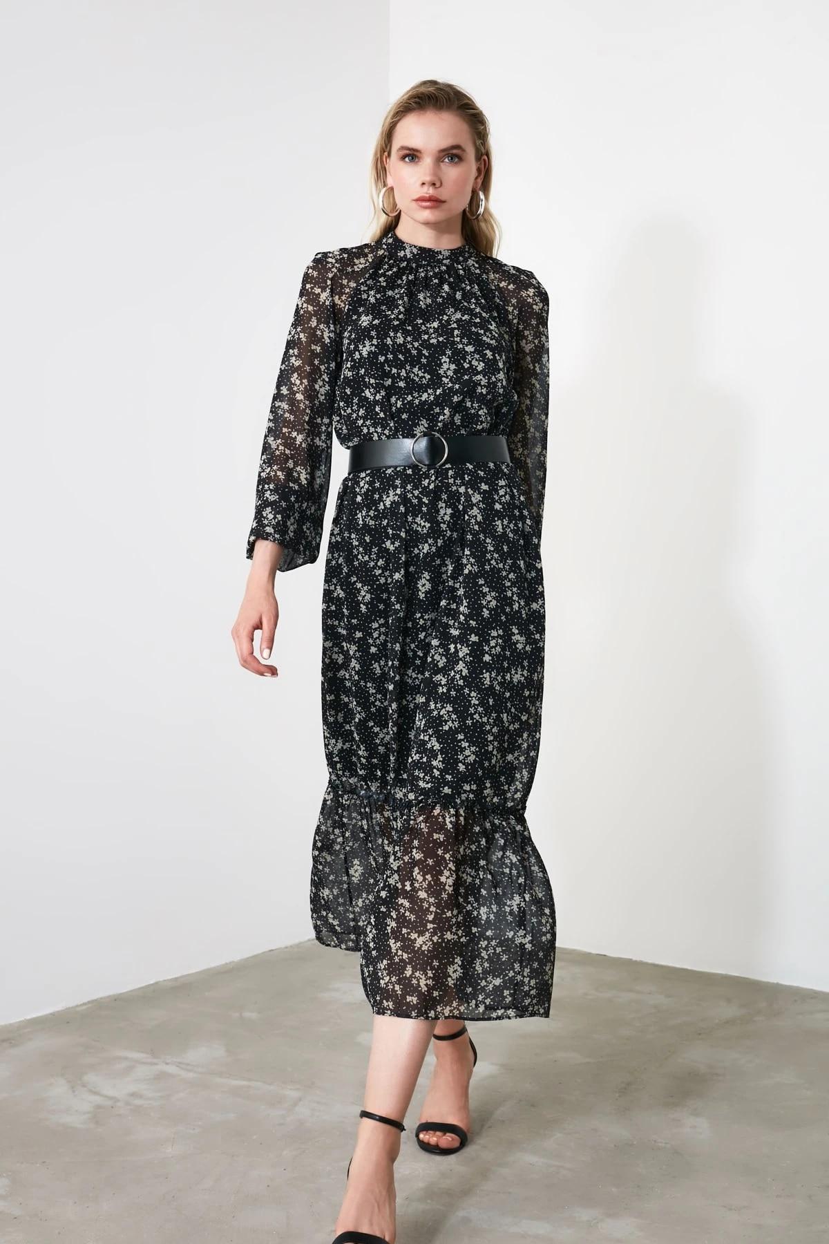 Платье в горошек с арочным узором TWOSS20EL0982