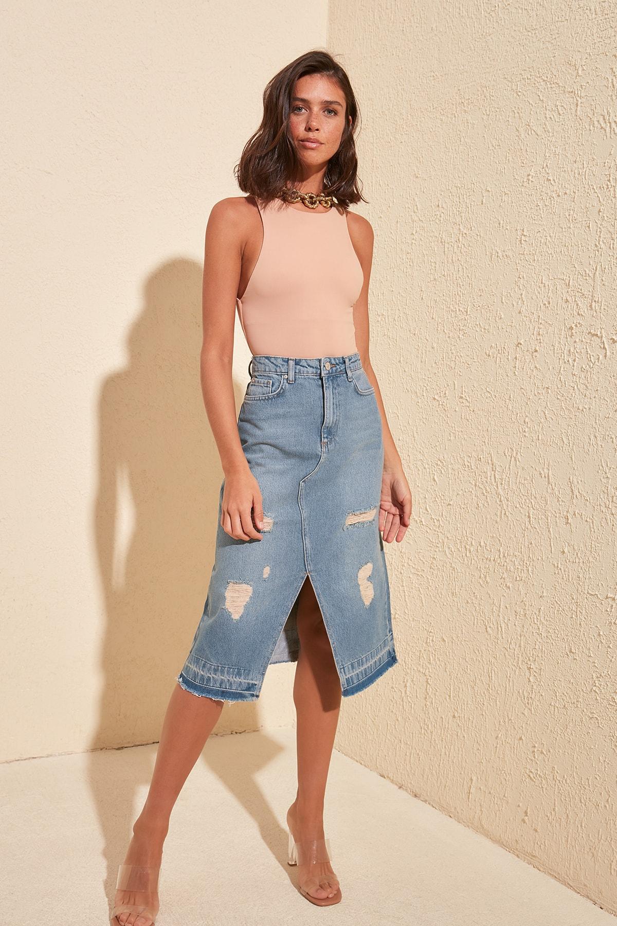 Trendyol Ripped Detailed Denim Skirt TWOSS20ET0286