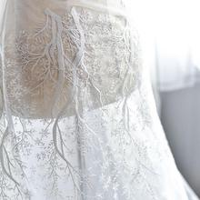 Фото - Beautiful Venice Lace Fabric Tree Snowflake Flower Embroidered Off White Tulle Wedding Dress Bridal Veils By The Yard 51 Wide doughty l apple tree yard