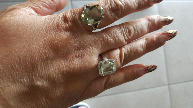 Anéis Presente Presente Pedras