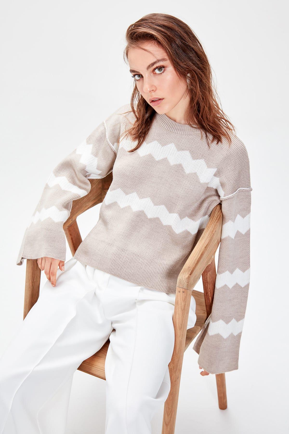Trendyol WOMEN-Beige Pattern Knitwear Sweater TWOAW20YN0014