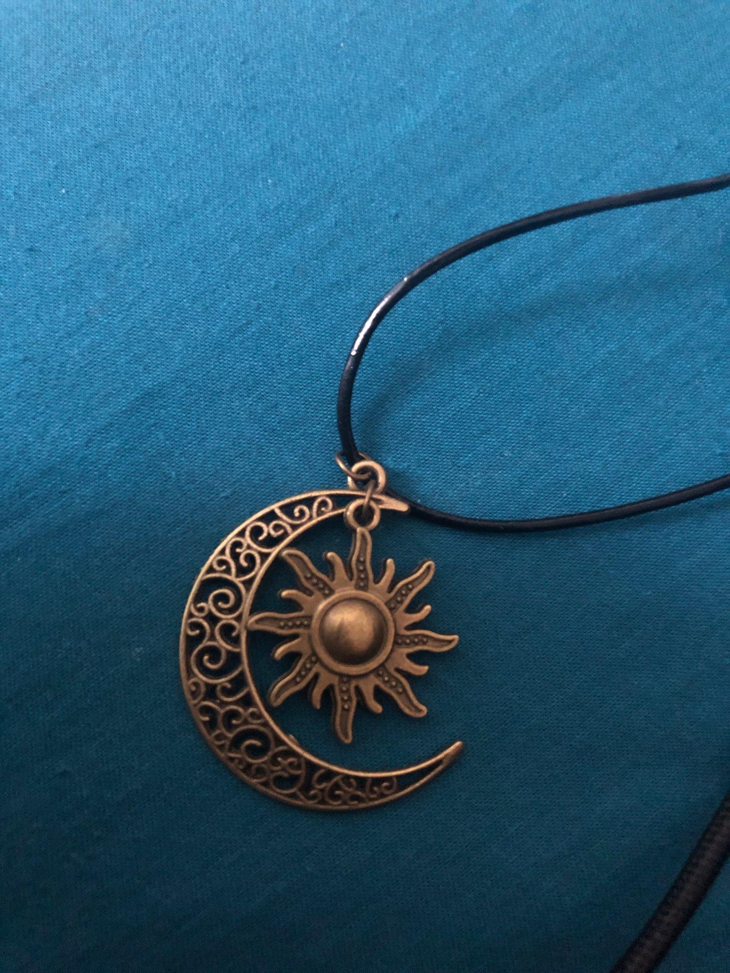 Collier soleil croissant de lune hippie (Acier) photo review