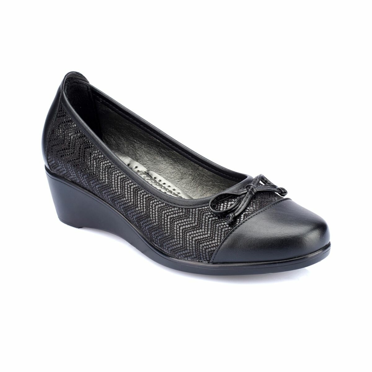 FLO 82.150012GZ Black Women Shoes Polaris