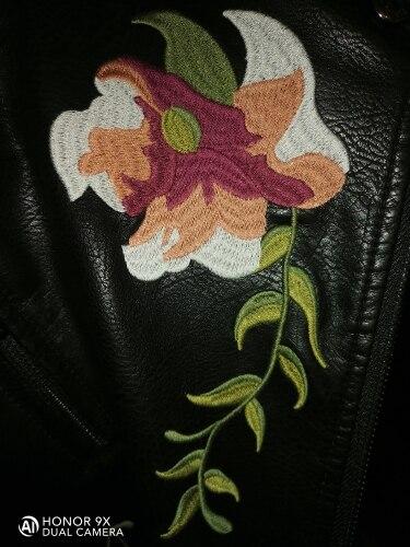 Veste Cuir Noir Fleurs Bohémienne