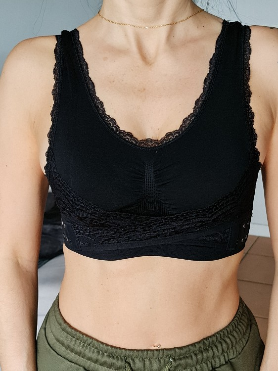 Comfy Wireless Bra With Side Hooks photo review