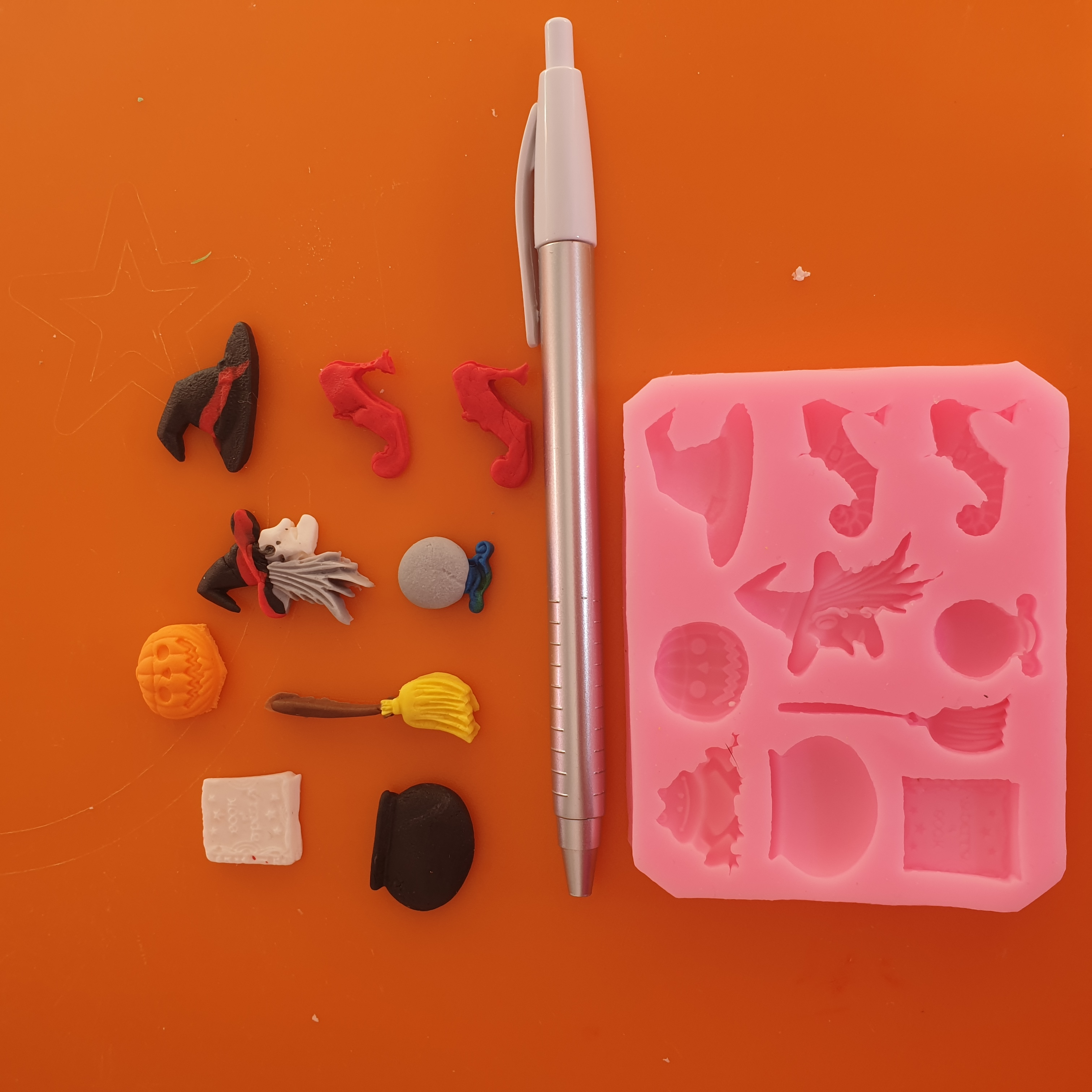 Halloween Party Decorating Tools Silicone Mold photo review