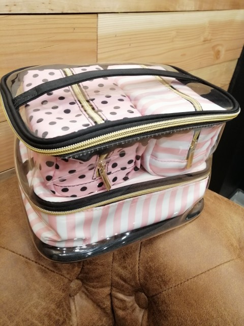 Bolsas p/ cosméticos vaidade esteticista viagem