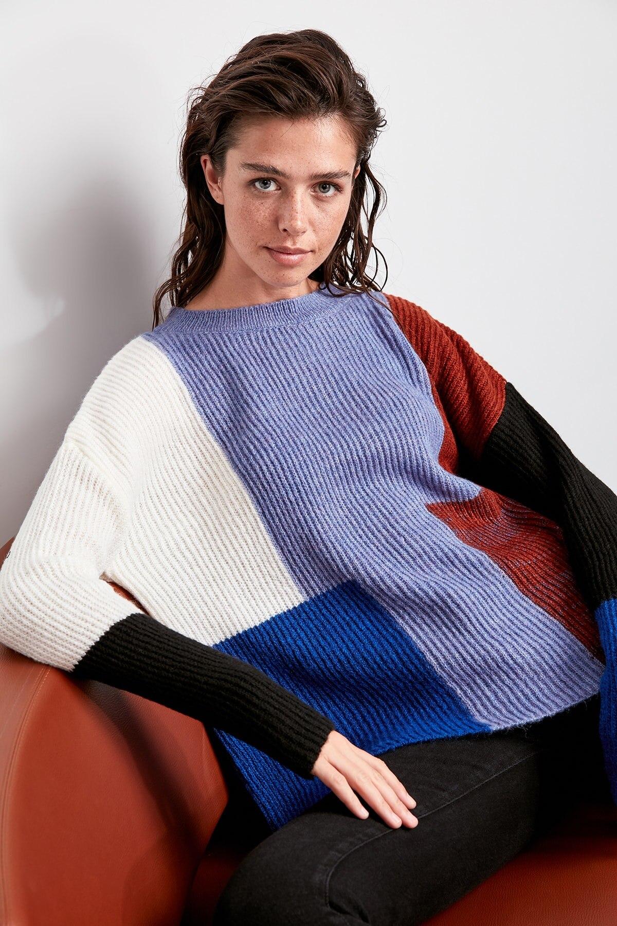 Trendyol WOMEN-Raw White Colorblock Sweater Sweater TWOAW20ZA0031