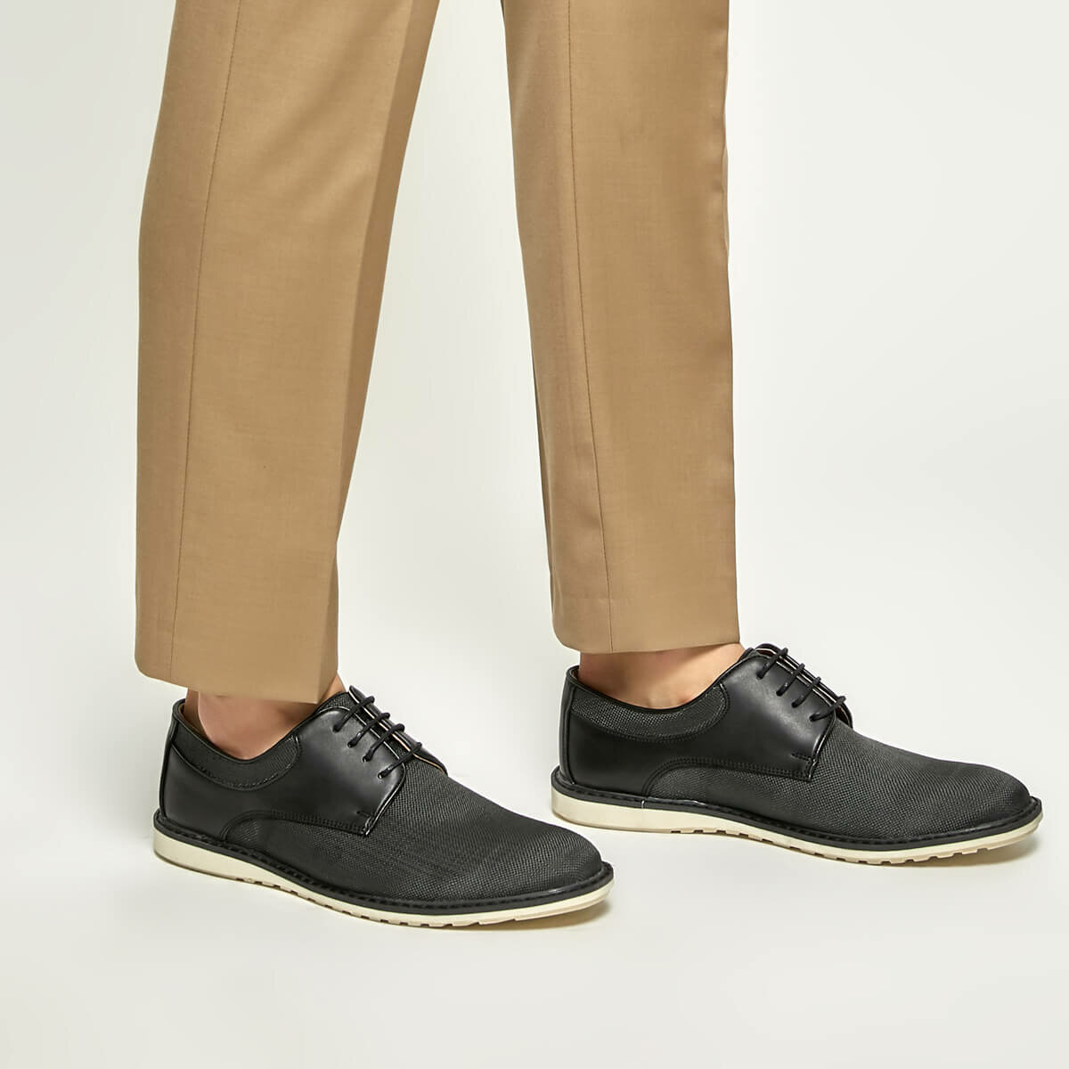 FLO 5700-1 Black Men 'S Shoes-Styles
