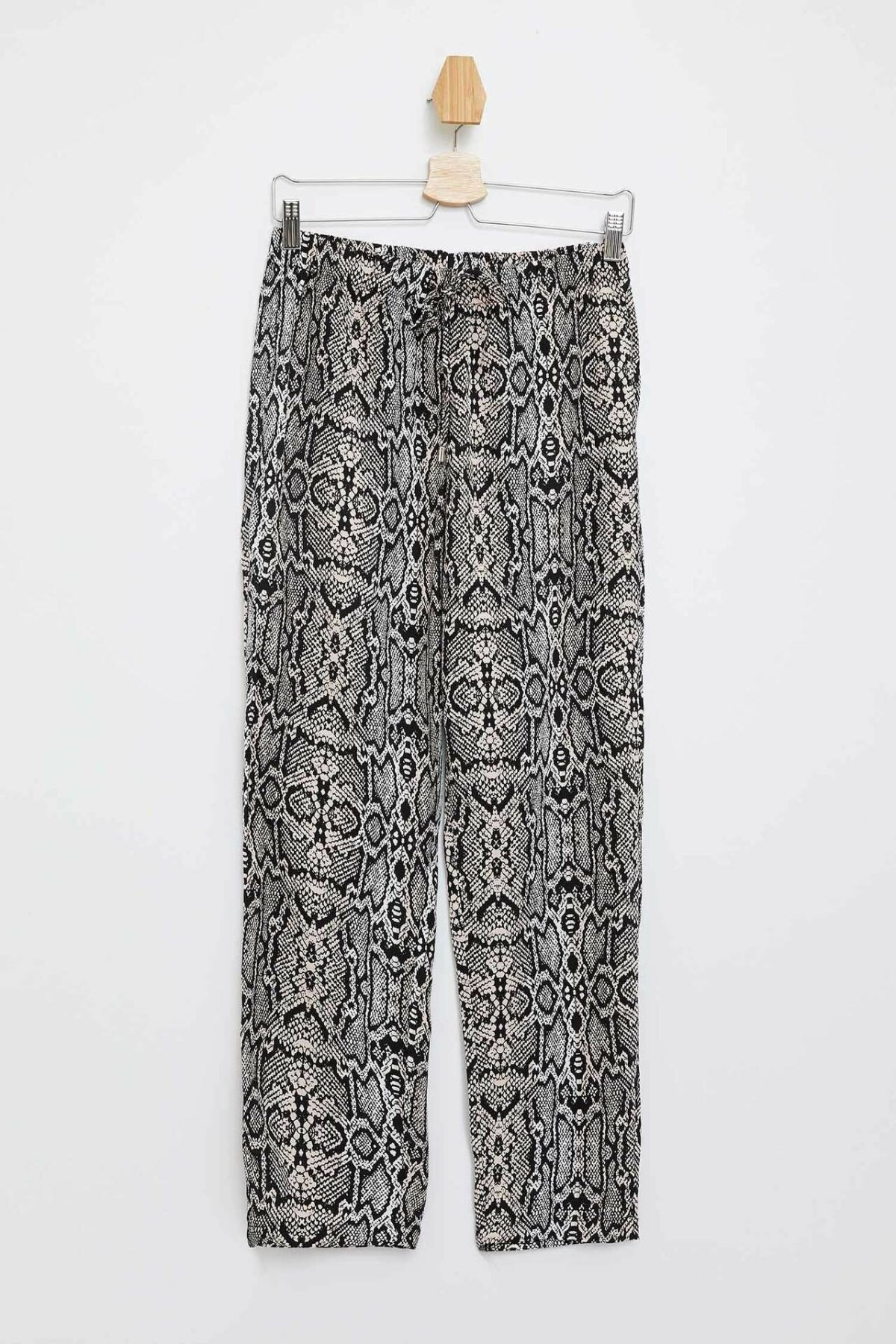 DeFacto Woman Trousers-M3626AZ19HS