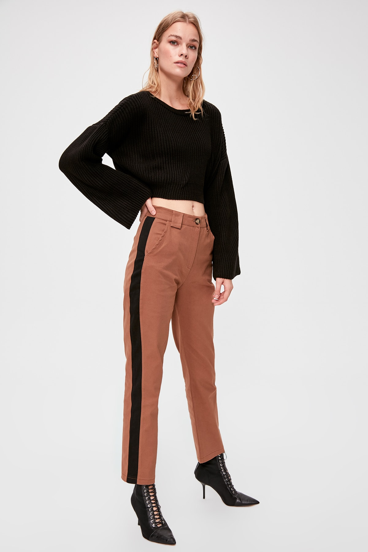 Trendyol With Color Block Pants TWOAW20PL0488