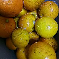 与众不同的糖渍酒香橙皮丁(不去白瓤)的做法图解1