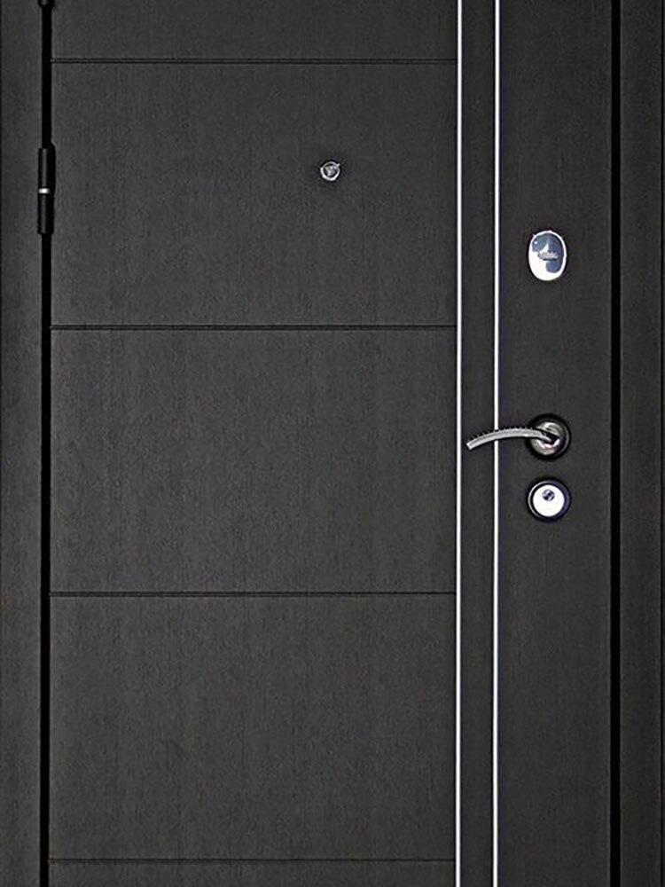 Входная дверь металлическая Теплолюкс трехконтурная