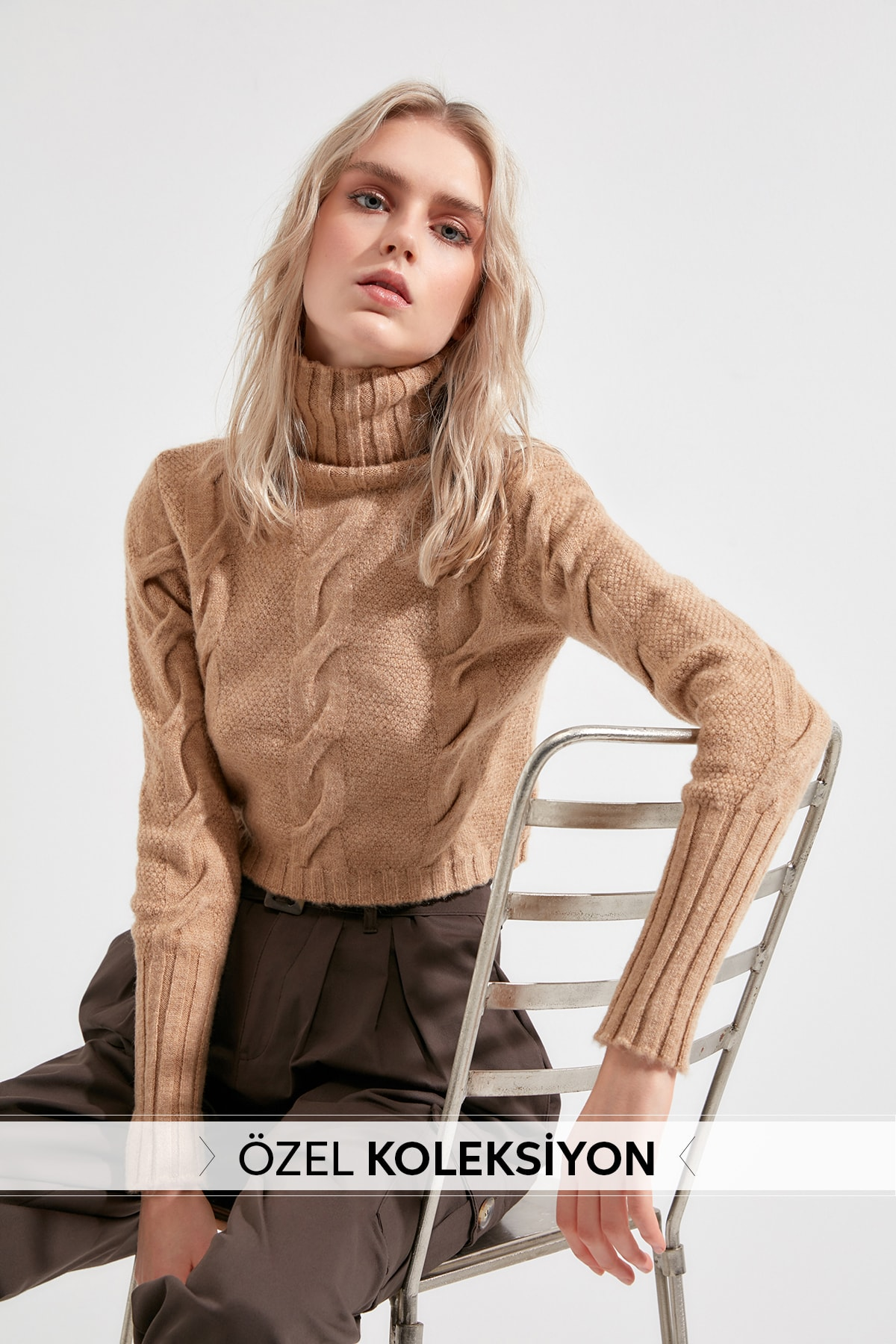 Trendyol Crop Hair Braided Sweater TWOAW20KZ1175