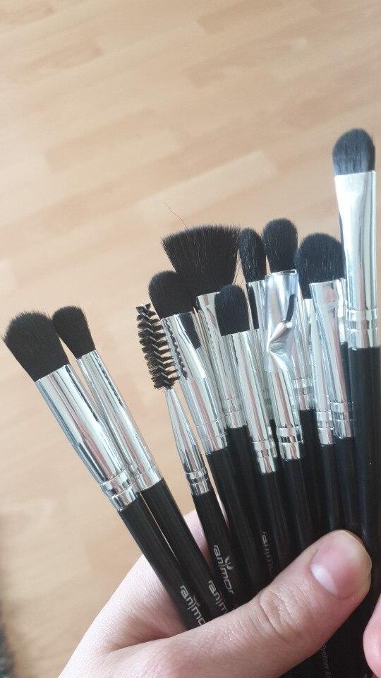 Ensemble de 12 pinceaux de maquillage