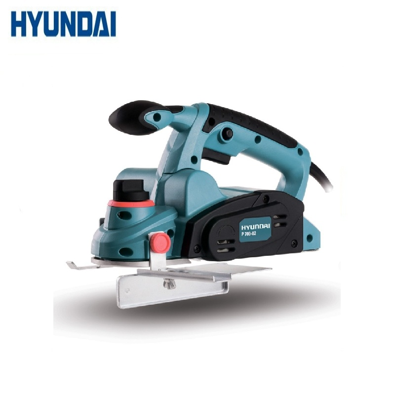 Plane HYUNDAI P 700-82  Joiner's powerful Electric Tool Portable Woodworking Planing blanks of various wood species. рубанок hyundai p 700 82