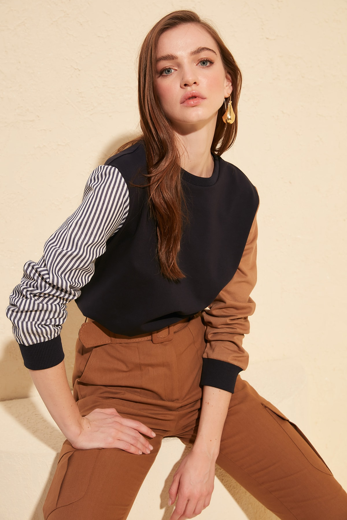 Trendyol With Color Block Knitted Sweatshirt TWOAW20SW0052