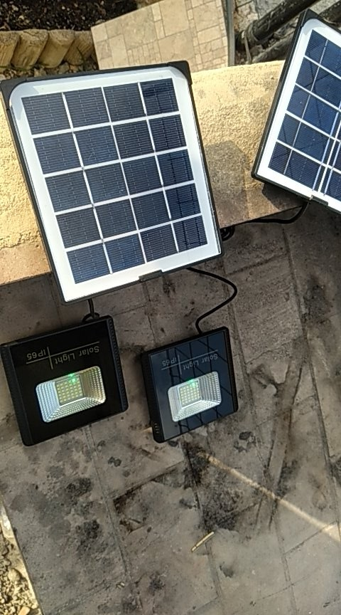 10W Solar LED Flood Light Solar Street wall Lamp Waterproof Outdoor Garden rotable Spot Lights Floodlight integrated 1.7 cable