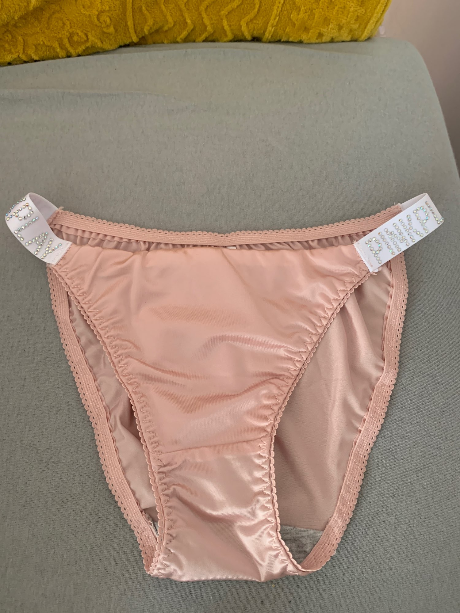 ALLMIX Sexy Women's PINK Letter Sports Panties with Rhinestones Belt Seamless Briefs Low Rise Underwear Underpants Lady Lingerie photo review