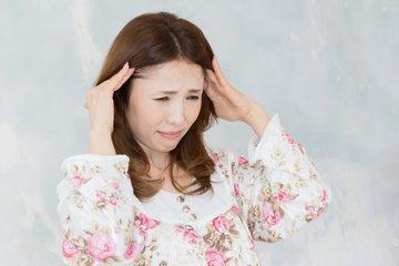 女性到了更年期爱发脾气应该如何改善-养生法典