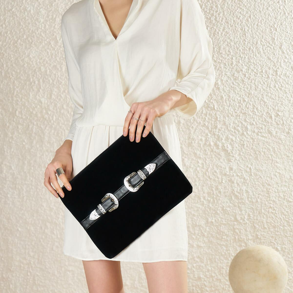 FLO TMK19059 85Z Black Women Handbag BUTIGO