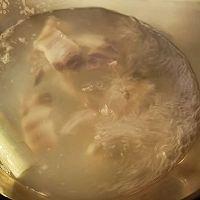美食记之十四:咸肉河蚌煲的做法图解10
