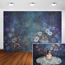 Винтажный синий фон для фотосъемки с масляными красками и цветами