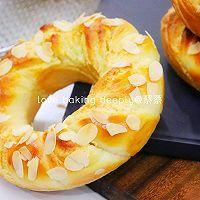 """#美食说出""""新年好""""#杏仁奶酥花环面包的做法图解21"""