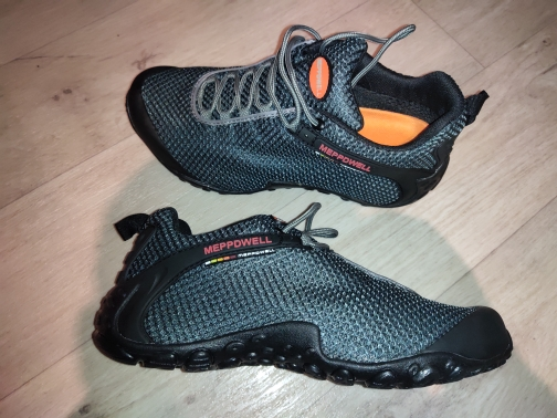 -- Sapatos Trekking Montanha