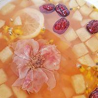 """VC爆棚美白养颜的冬日玫瑰水果茶#美食说出""""新年好""""#的做法图解6"""