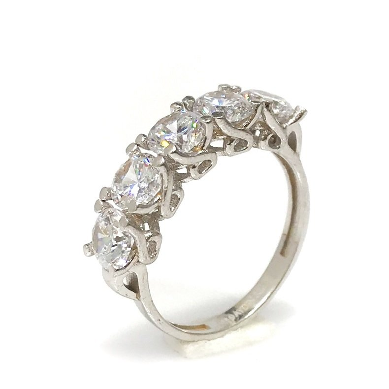 Diamond Montür 8 K White Gold Engagement Ring