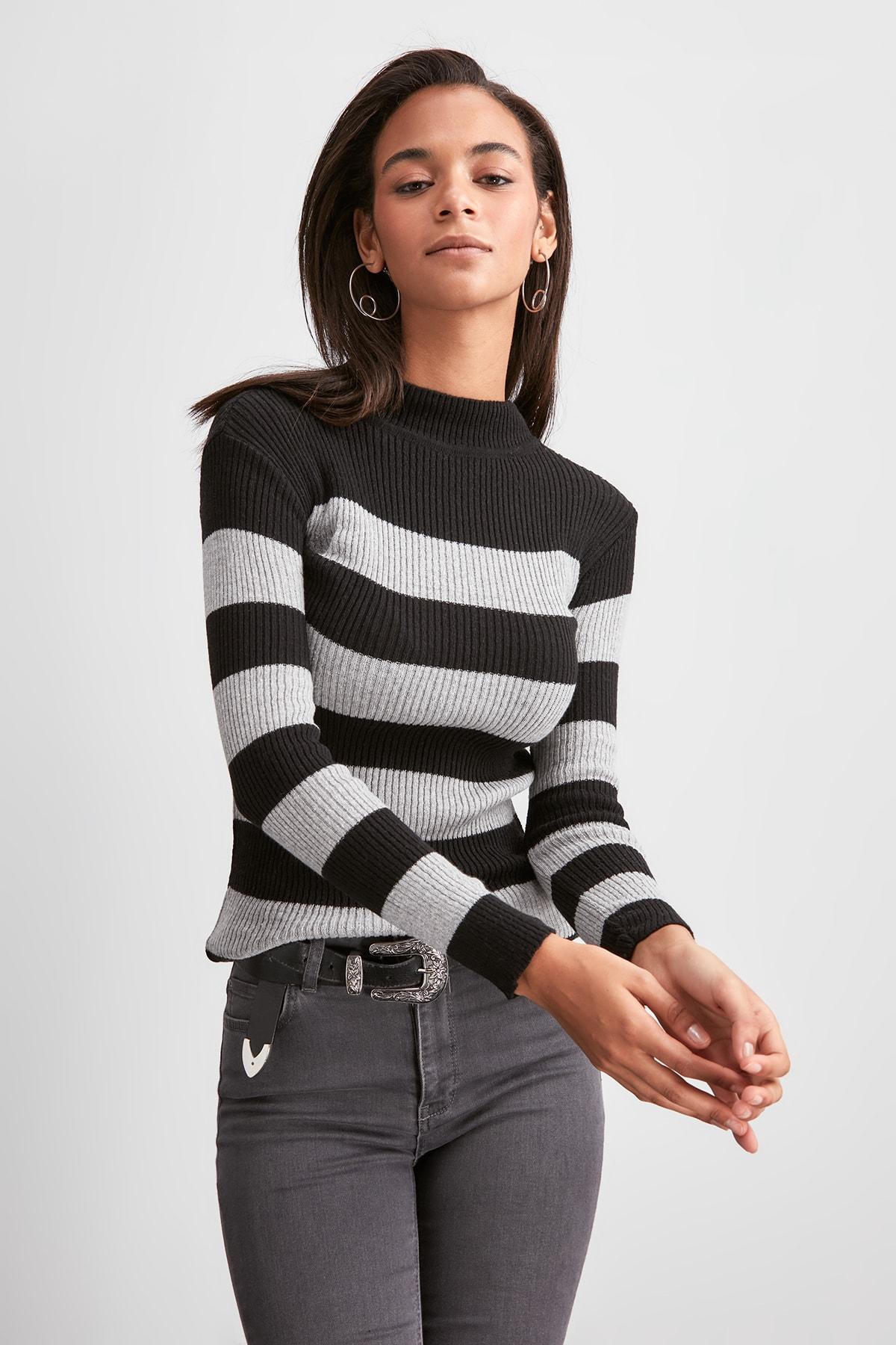 Trendyol Upright Collar Sweater Sweater TWOAW20KZ1393